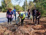 И от Областна администрация - Враца се включиха активно в почистването на града