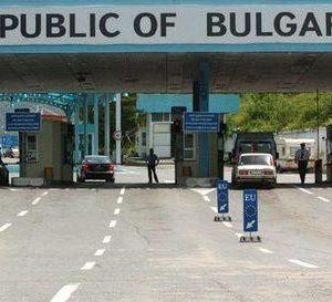 Министър Ангелов: В България ще се влиза по три начина
