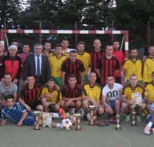 Община Мездра обявява XX-и общински футболен турнир на малки врати