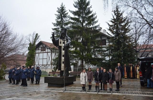 Днес врачани почитат своя закрилник св. Софроний Врачански