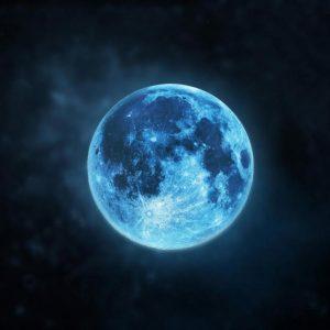 Днес ще можем да наблюдаваме Синя луна