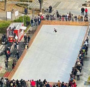Няма нарушения при разполагането на ледената пързалка във Видин