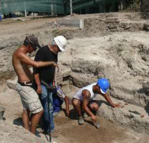 Проучват два археологически обекта в Лом